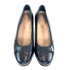 Clarks Shoes - Clark's Artisan Navy Pumps Size 8M